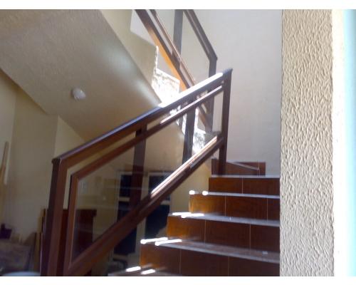Glassign vidrio mamparas y puertas en metepec - Barandales de madera exteriores ...